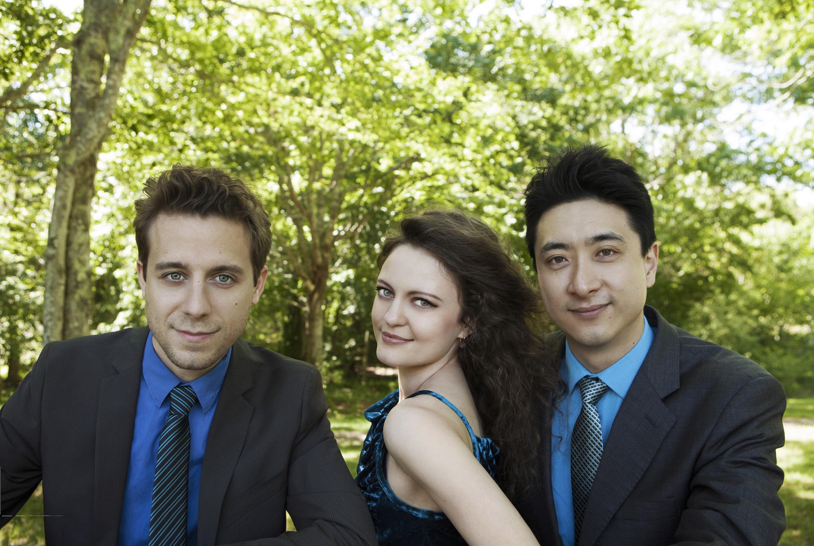trio-celeste-6_533